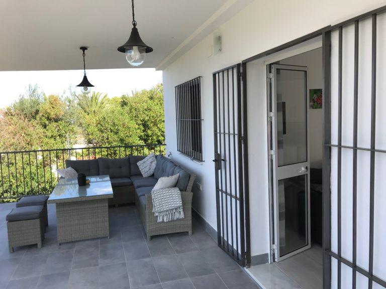 Casa Bajo het balkonterras 9