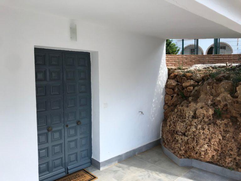 Casa Bajo ingang 8
