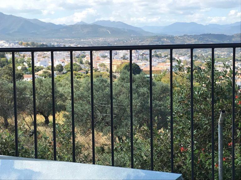Casa Bajo uitzicht vanaf terras op het dal 14