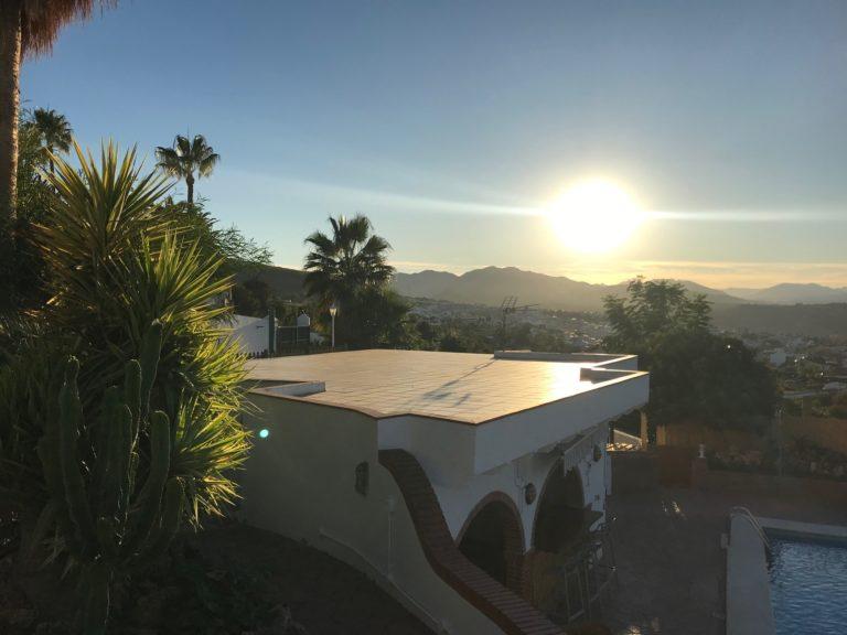 Casa Esther uitzicht bar met zonsondergang -18-