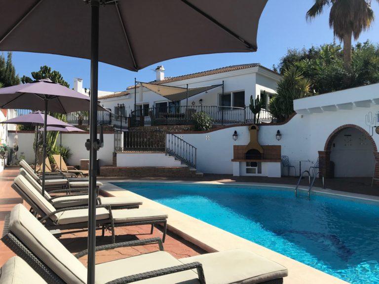 Casamet uitzicht op Casa Esther Esther Zwembad -20-